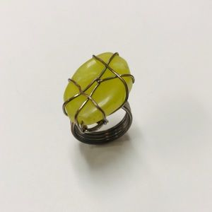 Jewelry - ***Green Stone Ring, set in metal wire detail, 6
